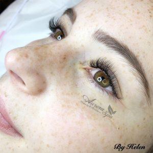 Beautiful Hybrid Eyelash Extensions